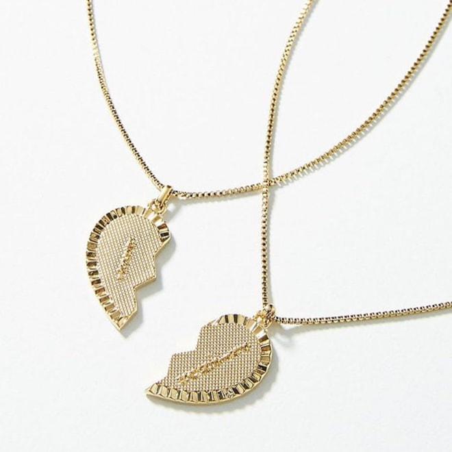 Best Friends Necklace Set
