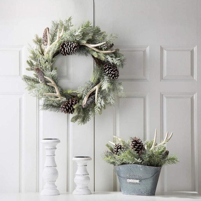 Pinecone Antler Cypress Wreath