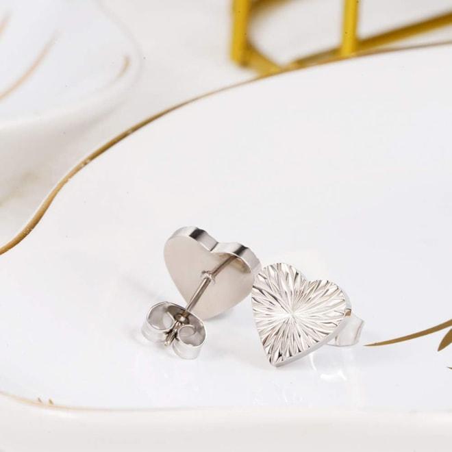 Hypoallergenic Titanium Heart Stud Earrings