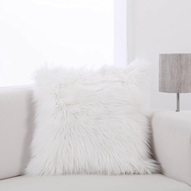 """Faux Fur Pillow Cover (18"""" x18"""")"""